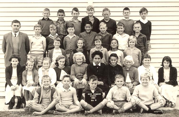 Photograph of school children in 1964