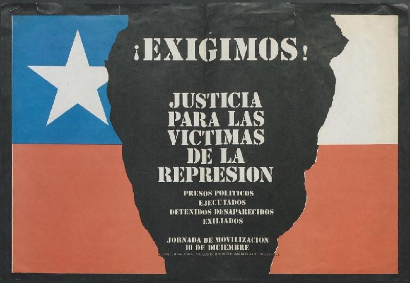 """Poster from the collection reading """"!Exigimos! Justicia para lav Victimas de la Represion"""""""