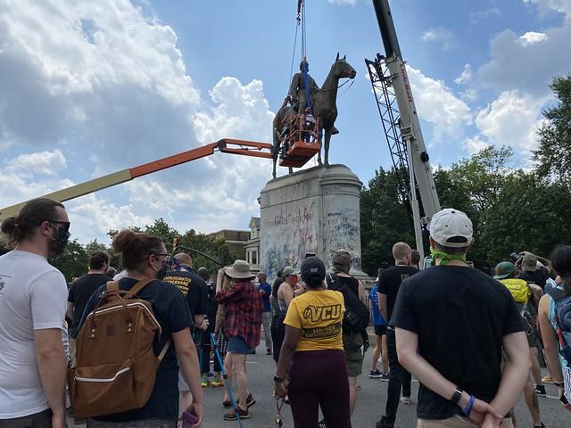 "Removal of Thomas ""Stonewall"" Jackson monument, Monument Avenue, Richmond, Virginia"