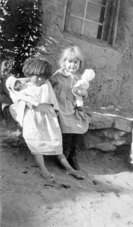 Photograph of American Indian Girls Playing with Dolls