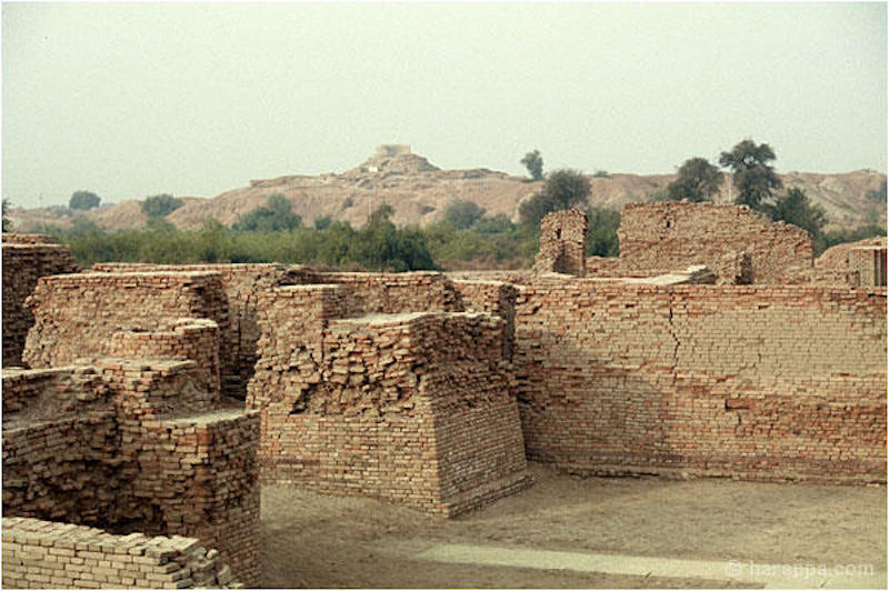 """Image of Mohenjo Daro, or """"Mound of the Dead,"""" site in the Indus Valley"""