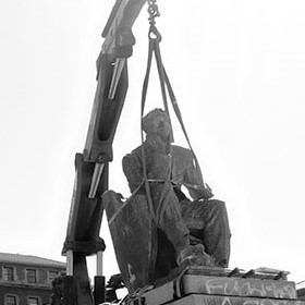 Cecil Rhodes statue removal, Cape Town University, South Africa