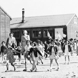 Schoolchildren at Minidoka Incarceration Camp image thumbnail